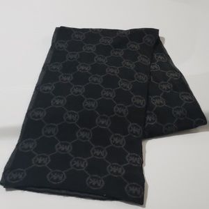 Michael Kors MK Black & Gray Reversable Scarf